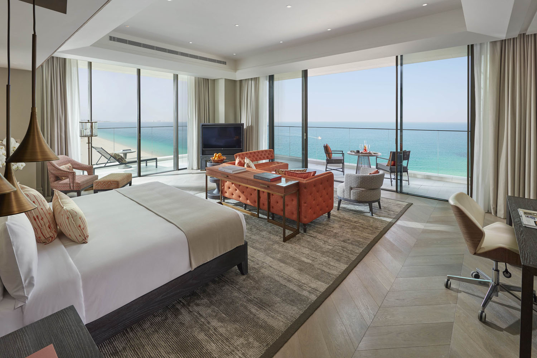 Mandarin-Oriental-Jumeira-Dubai-hotel-bedroom