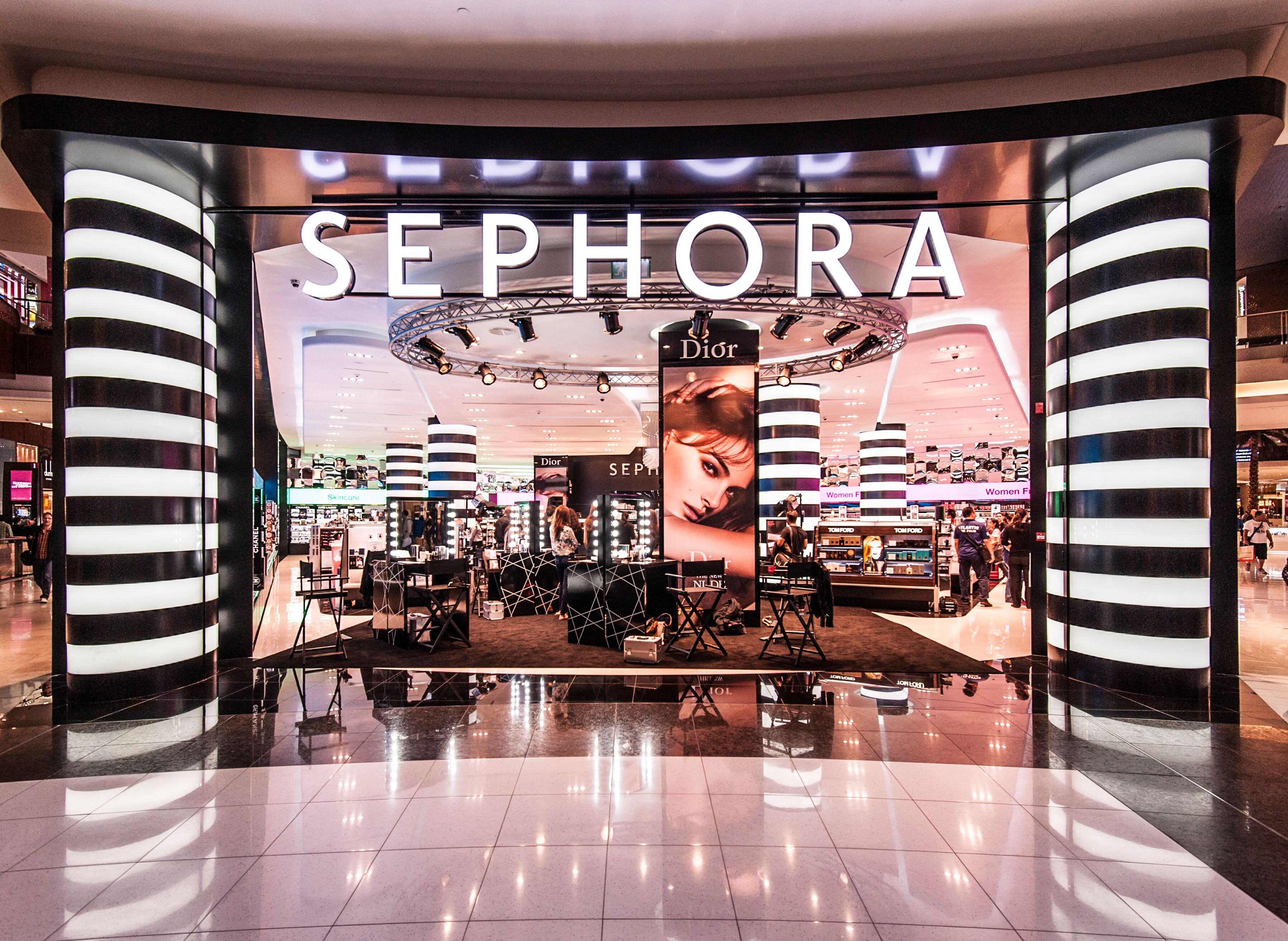 Sephora set to open in New Zealand soon, advertising for