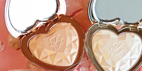 These New Too Faced Highlighters Look Like the Heart of the Ocean