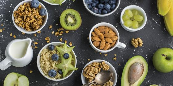 10 Nutritionists Reveal What They Eat For Breakfast