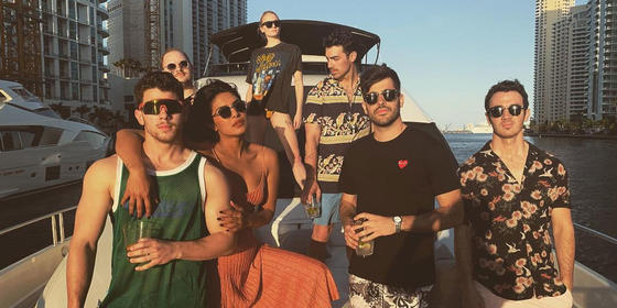 Priyanka Chopra And Sophie Turner Joined The Jonas Brothers On A Yacht And The Videos Are EV-ER-Y-THING