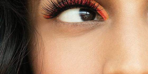 How To Grow Your Eyelashes Really, Really Long