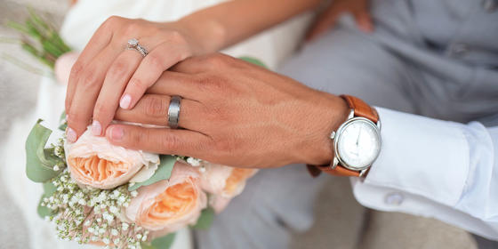 8 Wedding Nail Trends For the Summer