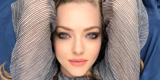 """Amanda Seyfried Just Blessed The Internet With A 'Mean Girls'-Inspired Cover Of Taylor Swift's """"Mean"""""""