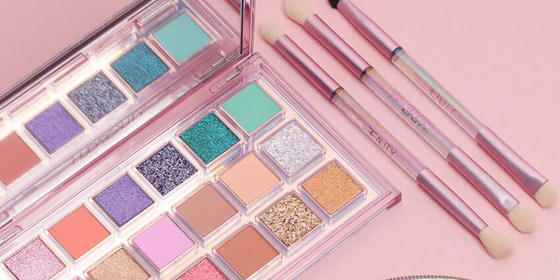 Huda's New Eyeshadow Palette Drops Today And Here's What You Need To Know