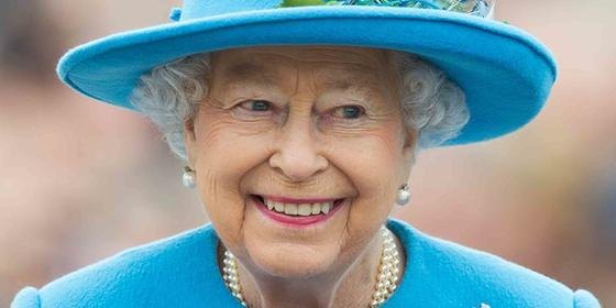 Surprise: Queen Elizabeth Only Gets Her Makeup Done Once a Year