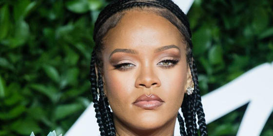 Rihanna claps back at a fan calling out her spot in this selfie