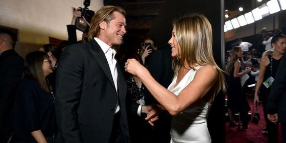 Brad Pitt and Jennifer Aniston reunited at the SAG Awards and we need a moment