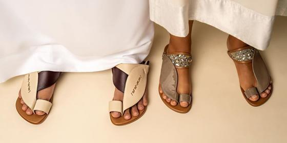 Tamashee (تماشي) creates handmade Arabian Gulf sandals with natural dyes