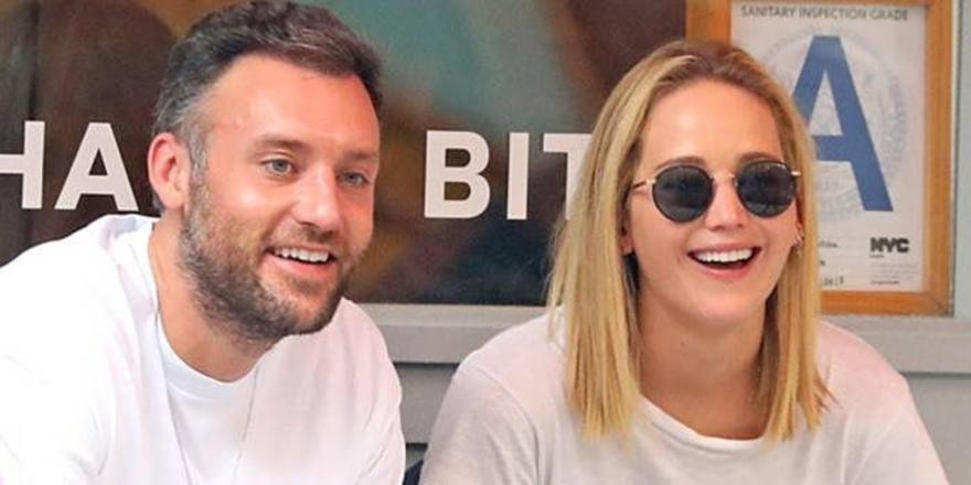OMG, Jennifer Lawrence And Cooke Maroney Just Picked Up Their Marriage License