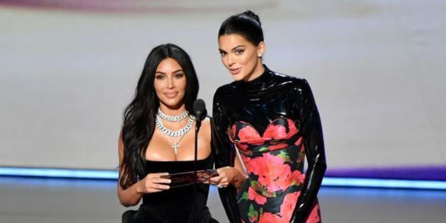 Kim Kardashian And Kendall Jenner Were Laughed At On Stage By The Emmys Audience