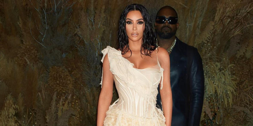Here's why Kim Kardashian's Oscars afterparty dress was so iconic