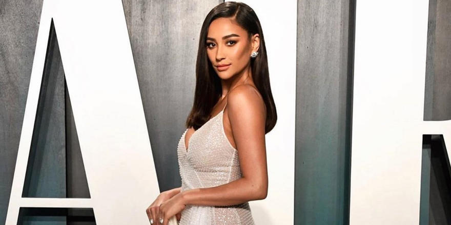 We still haven't recovered from Shay Mitchell wearing this Saudi designer at the Oscars afterparty