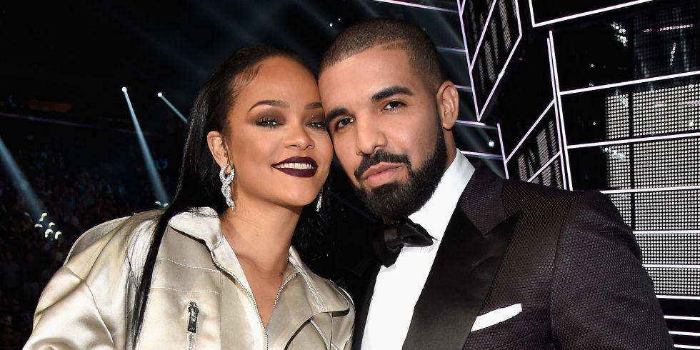 15 LOL Tweets From People Trying to Figure Out if Rihanna Rejected Drake at the VMAs