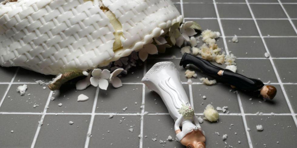 9 Wedding Foods That Everyone Secretly Hates