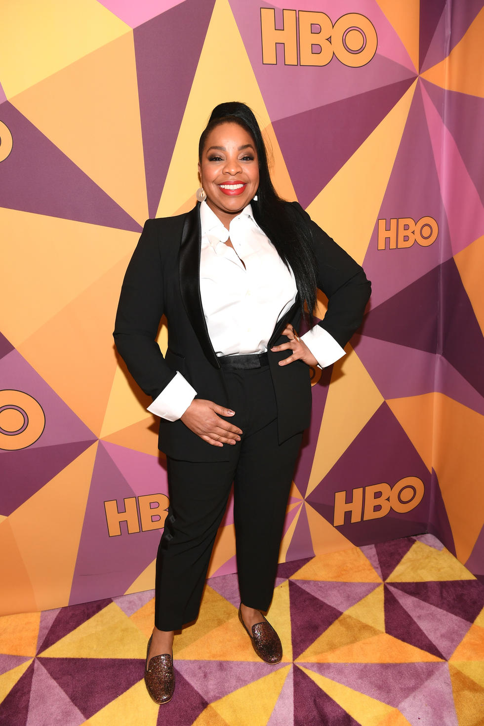 'Brooklyn Nine-Nine' star Kimberly Hébert Gregory all suited up !