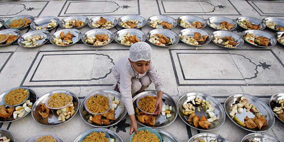 7 Ways To Give Back This Ramadan