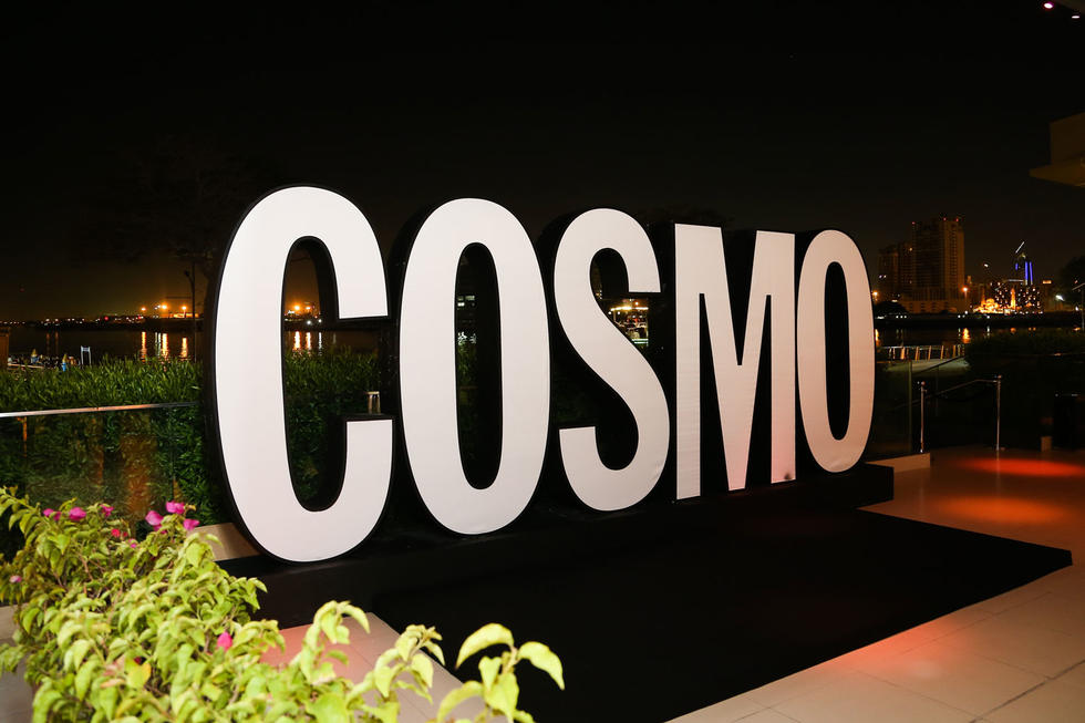 First of all, feast your eyes on our gorgeous Cosmo sign. All our guests were flocking to this beauty to get that pretty pic!