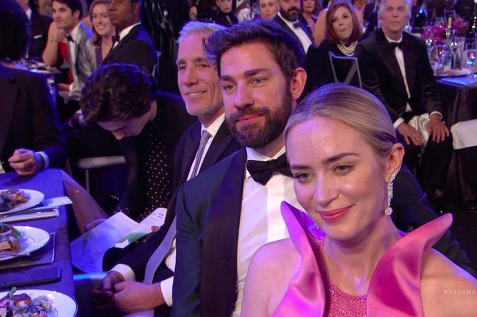 Timothée Chalamet Was Fully Caught Reading at the SAG Awards and Twitter Can't Deal
