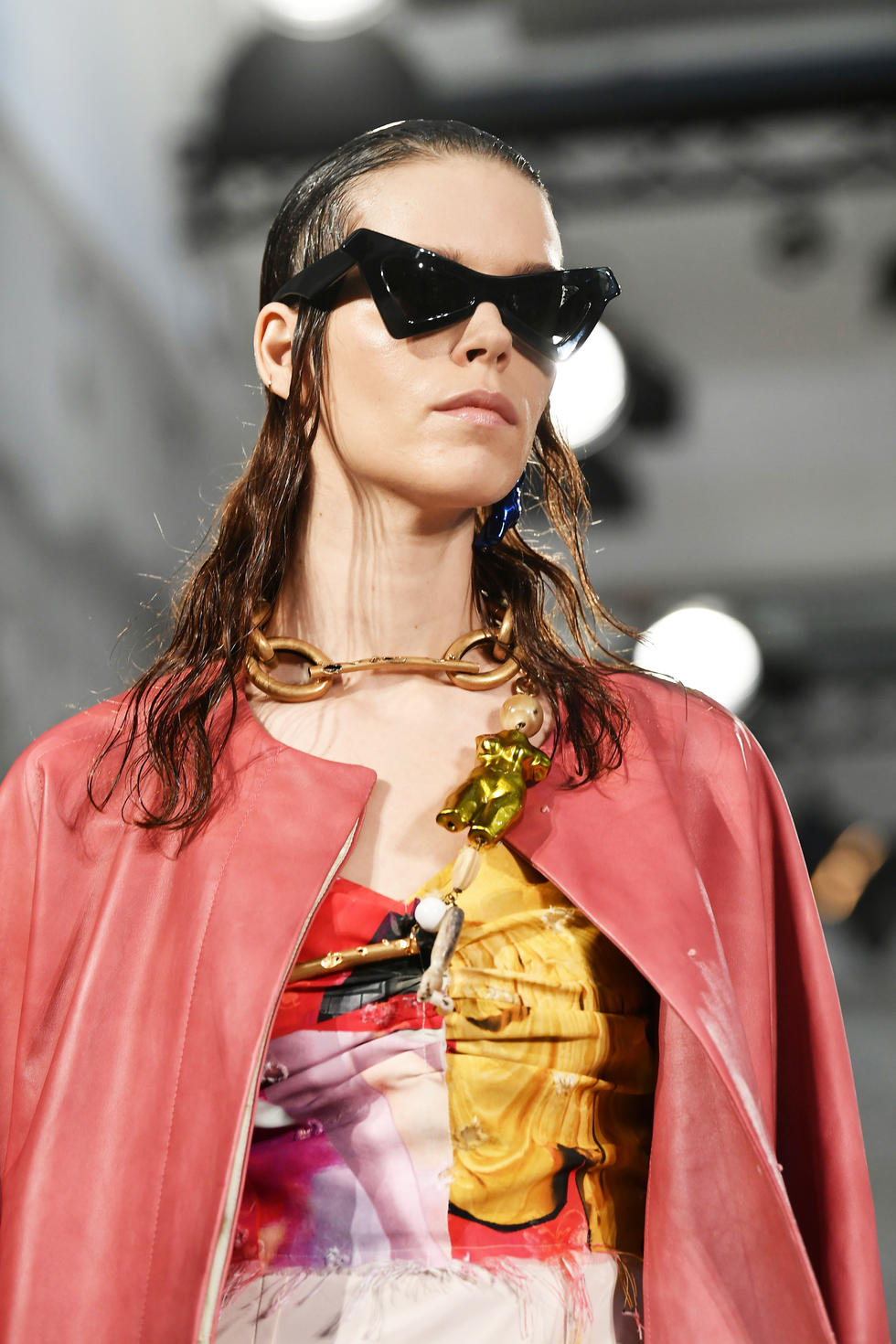 CHUNKY CHAINS -  Clunky is so in. And the bigger the chinks, the better. Oomph up a classic white tee with this major accessory.  Marni SS19
