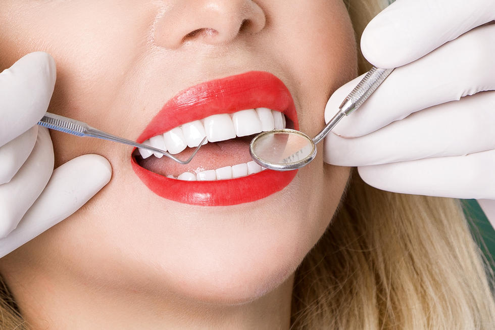 Veneers 101: How To Get That Hollywood Smile