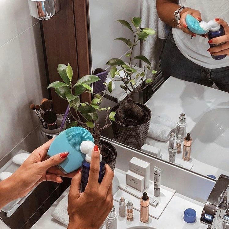 I Tested FOREO'S LUNA 2 Facial Cleansing Device And Here Is The Shocking Truth