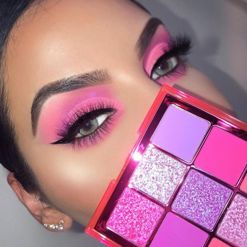 PSA: Here Are The Huda Beauty Neon Obsessions Looks You've Gotta Try