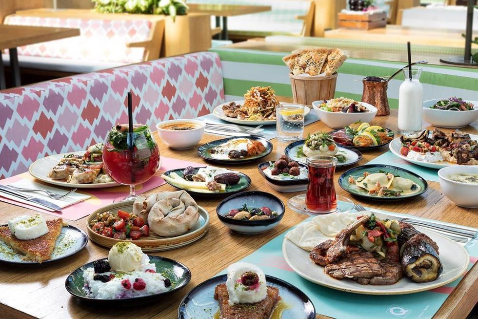 STOP EVERYTHING: You Can Get 50% Off Breakky Meals At TWO Glorious Cafes In The Dubai Maill