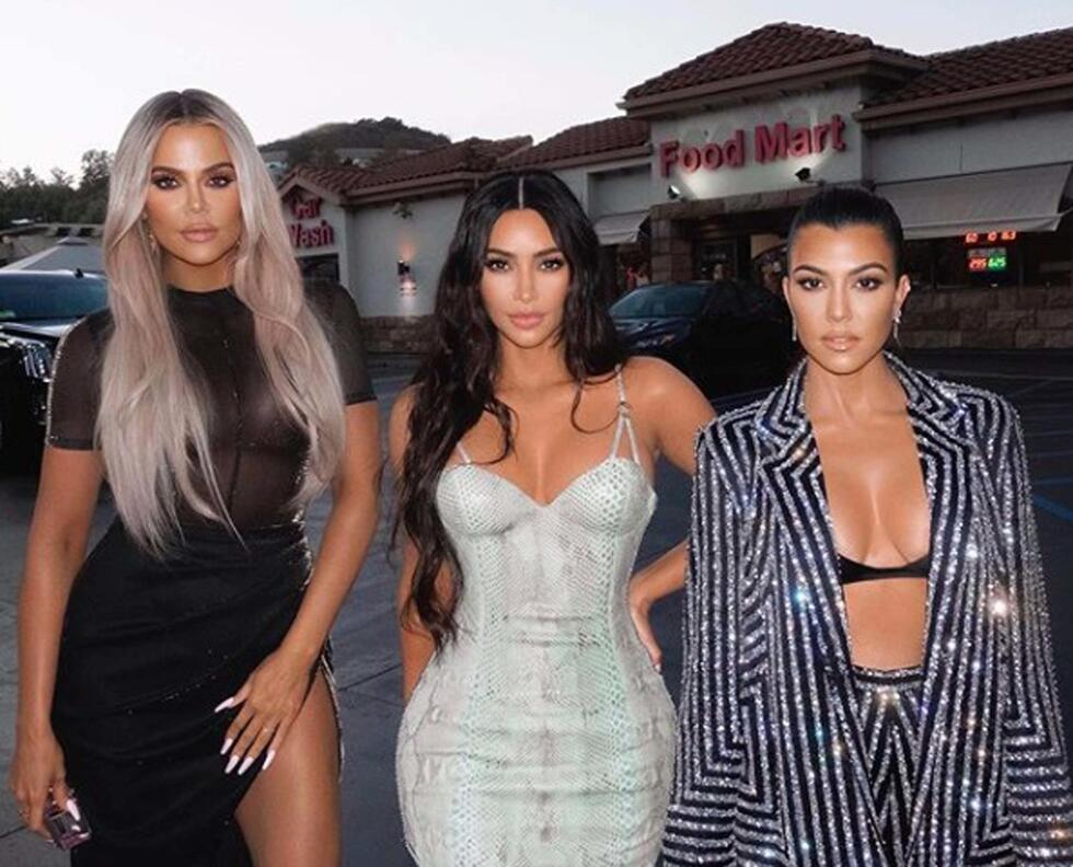 Kim and Khloé Confront Kourtney About Not Sharing Enough of Her Personal Life on 'KUWTK' And It's So Uncomfortable