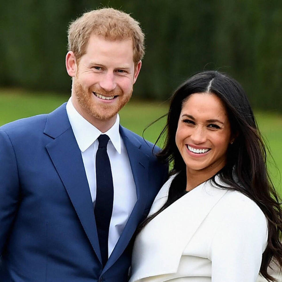 """Meghan And Harry Are Stepping Down As """"Senior"""" Members of The Royal Family"""