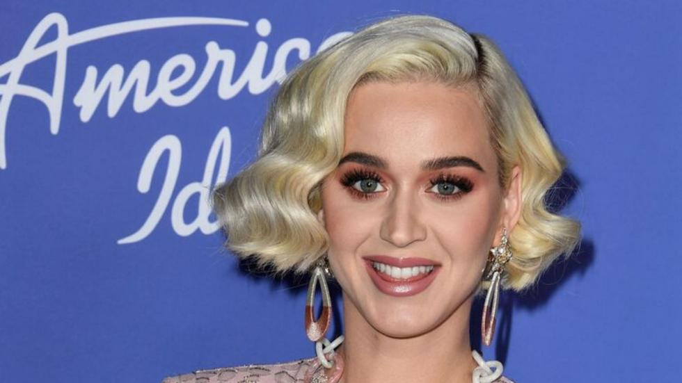 Katy Perry looks completely different with long, golden blonde hair