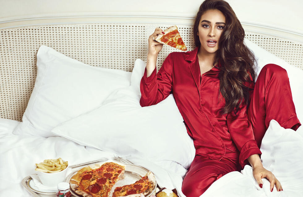 Self-isolating? You can now download the latest issue of Cosmo ME free to read at home