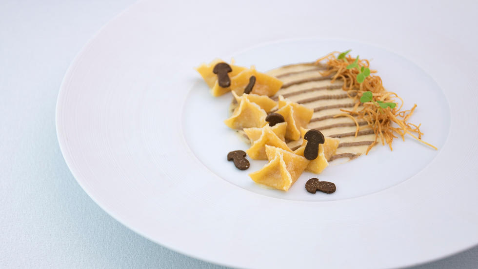 FYI there's a limited edition seven-course truffle menu available in Dubai