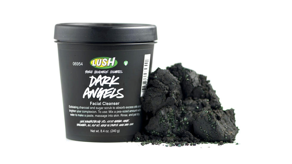 I remember when I started using Lush's Dark Angels black charcoal cleanser, I received SO many compliments about my skin. It never looked glowier or healthier. Honestly I have no idea why I let this ever slip out of my beauty routine. Lush Dark Angels Face and Body Cleanser, from Dhs50