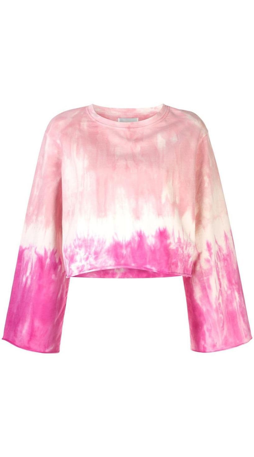 Tie Dye Trend, Tie Dye pieces, Tie Dye clothes, Tie Dye, Tie Dye fashion, Tie dye shirts, Tie dye pants, Tie dye sweaters, Tie dye phone cases, Tie dye bags