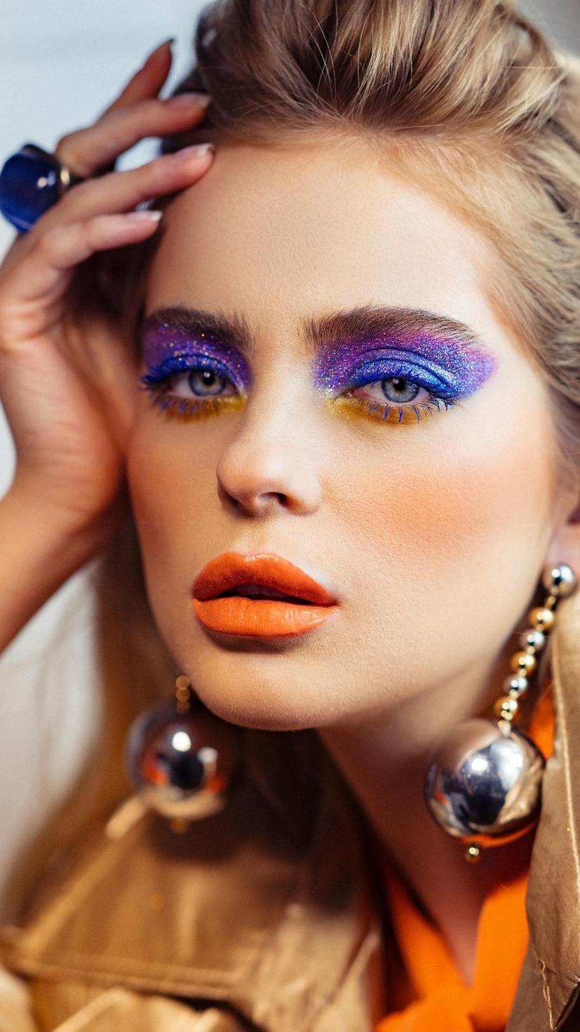 Makeup, Beauty, SS20, Euphoria Makeup, Get the look, Glitter Eyeshadow, Bold makeup