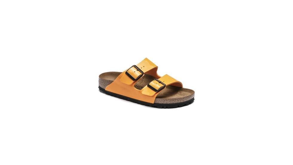 Summer sandals, Summer style, Must-have sandals, Sandals trend, Caroline Vazzana