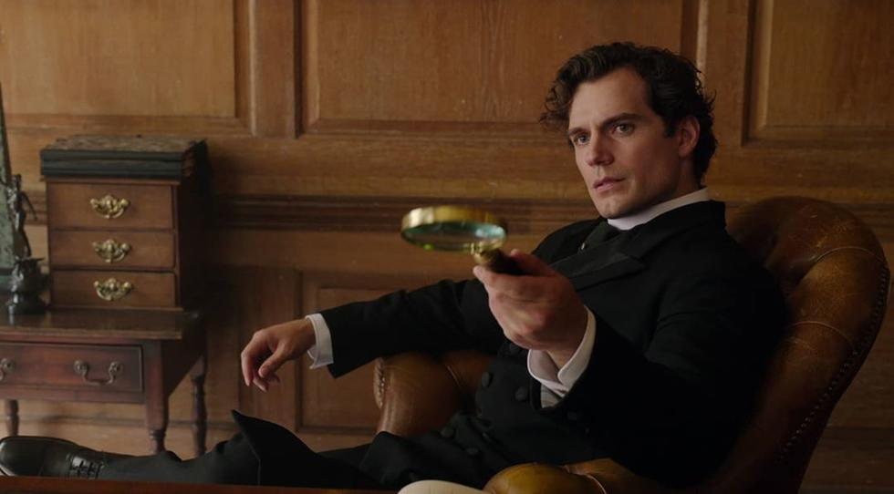Is henry Cavill too hot to play Sherlock Holmes in 'Enola Holmes'? An  investigation | Cosmopolitan Middle East