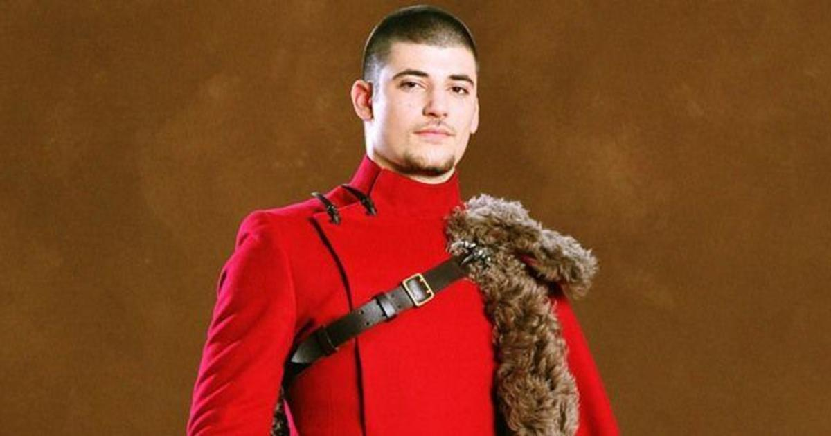 The Guy Who Played Viktor Krum In Harry Potter Is Basically Unrecognisable Now Celebs Cosmopolitan Middle East Durmstrang institute is a wizarding academy, similar to hogwarts school, believed to be located somewhere in western russia or northern europe. the guy who played viktor krum in
